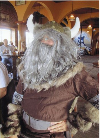 Happy, the Viking (400)