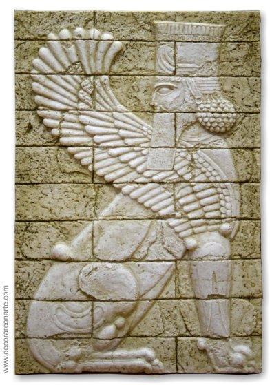 Sumerian 04 (Winged Animal-King)