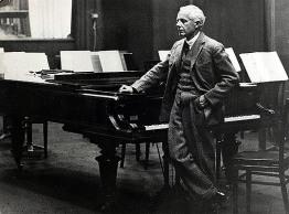 Music Personalities, pic: circa 1930's, Bela Bartok, (1881-1945) Hungarian composer