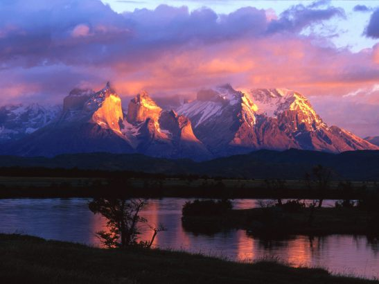 mountains-in-the-dusk