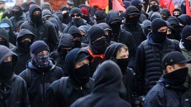 Identity 16 Masked Antifas